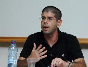 Direktør i Peace Now, Yariv Oppenheimer (Foto: Yossi Gurvitz)