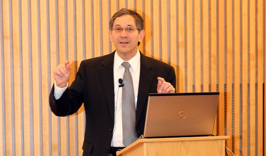 Itamar Marcus, direktør for Palestinian Media Watch, holdt foredrag for stortingsrepresentanter fra Kristelig Folkeparti, Fremskrittspartiet og Høyre. Ingen andre partier var representert.