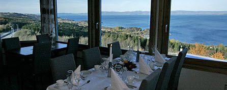 Utsikten fra spisesalen er strålende.