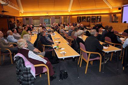 Omkring 80 personer møtte fram på Israel-seminaret til Sarpsborg FrP mandag 7. april 2014.