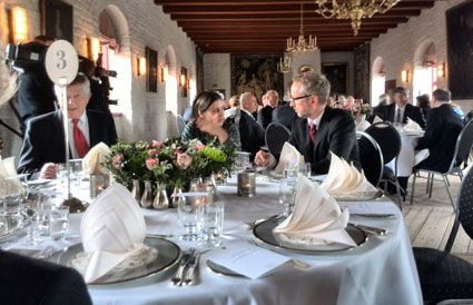 Nestleder i SV, Bård Vegard Solhjell, deltok i lunsjen selv om han dagen før hadde betegnet Israel som en apartheidstat. (Foto: Morten Fjell Rasmussen)