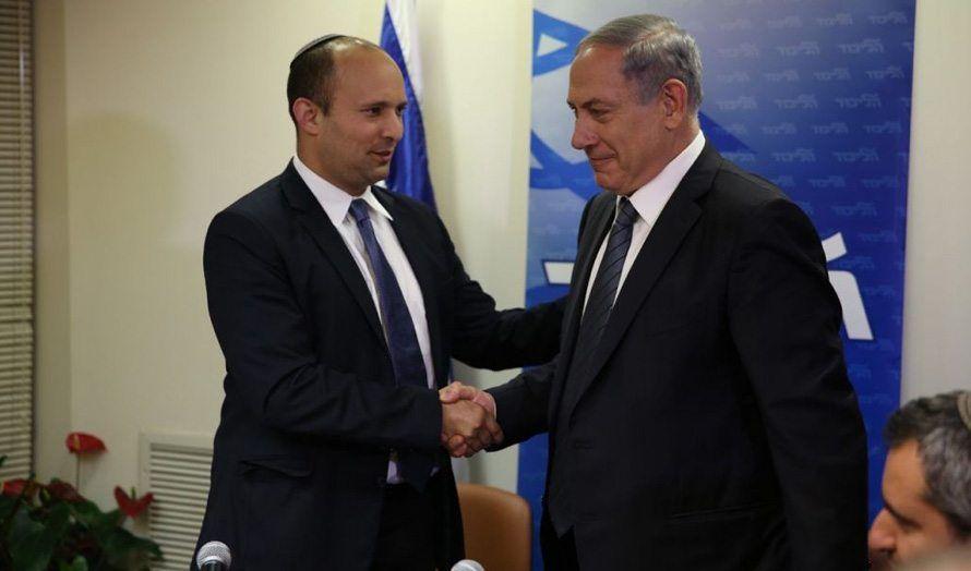 Benjamin Netanyahu og Naftali Bennett gikk sammen i regjering i fjor. (Foto: Likud)