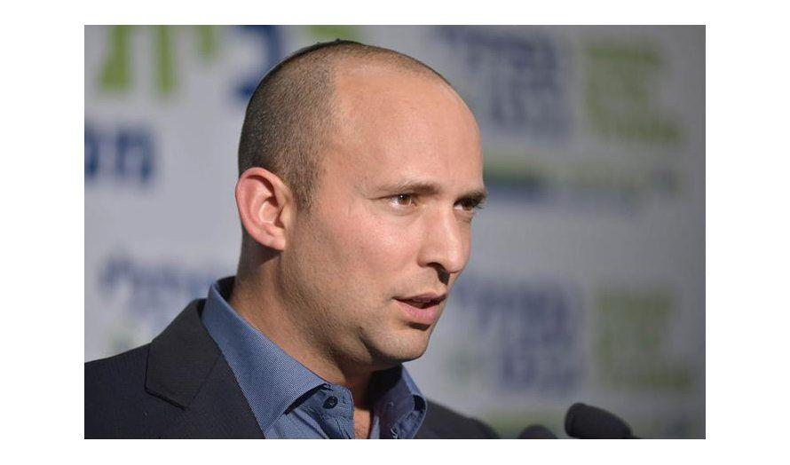 Naftali Bennett fra partiet Det jødiske hjem er en del av regjeringskoalisjonen til Netanyahu. De ønsker å annektere deler av Vestbredden. (Foto: Bayit Yehudi)