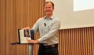 "Conrad Myrland presenterte boken ""Hvorfor Israel?"" på MIFF Forum 25. september 2016. (Foto: Tor-Bjørn Nordgaard)"