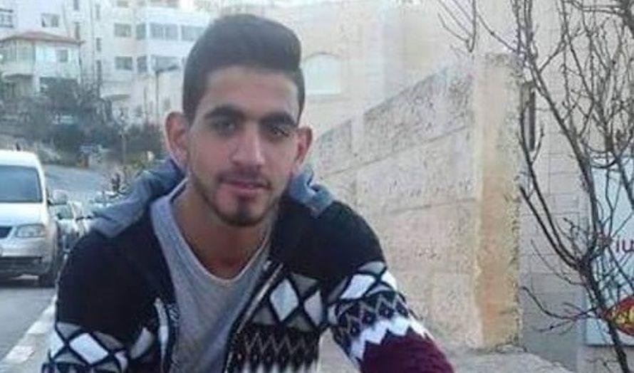 19 år gamle Omar al-Abed la ut en urovekkende melding på Facebook før han gikk til det dødelige angrepet. (Foto: Facebook)