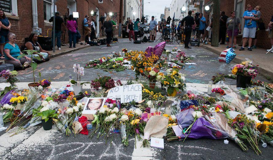 Også høyreradikale terrorister har tatt i bruk bil som våpen. I Charlottesville i USA ble Heather Heyer drept i et angrep med bil lik det vi har sett islamister gjøre mot fotgjengere i Europa. (Foto: Bob Mical/Flickr)